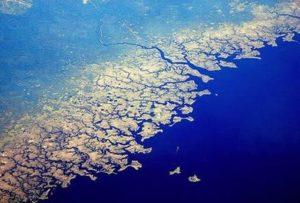 フラクタルな海岸線