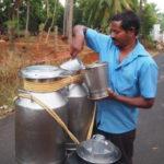 インドの牛乳配達