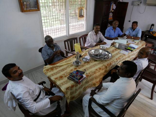 教会のミーティング
