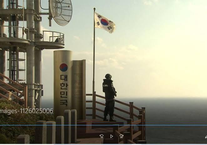 日経 自社CMに竹島で韓国国旗を
