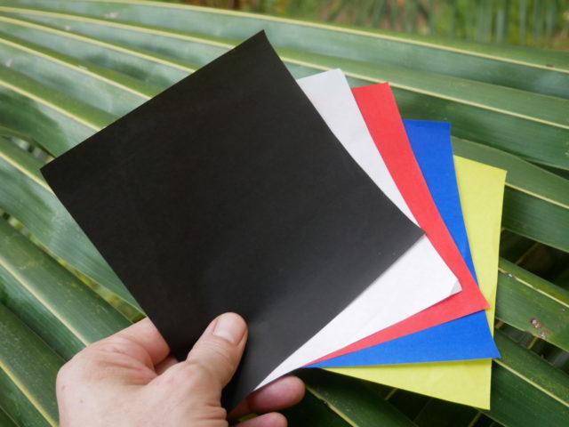 五色の折り紙