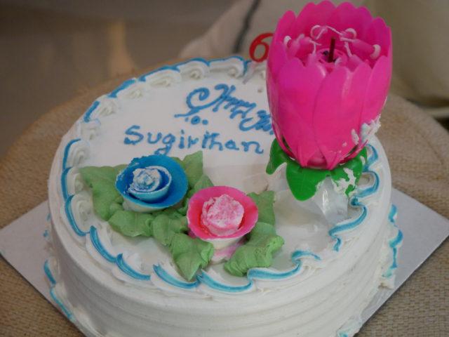 インドのバースデーケーキ